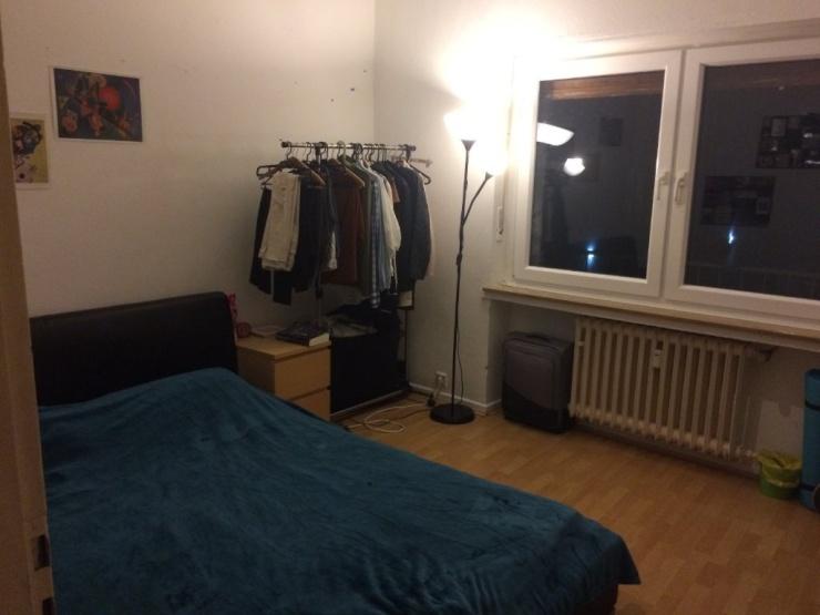 11 qm zimmer gegen ber des uni hauptgeb udes 296 m inkl allen nebenkosten wohngemeinschaft. Black Bedroom Furniture Sets. Home Design Ideas