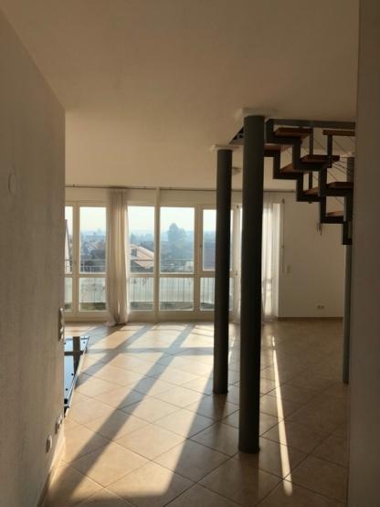 wg holzkirchen wg zimmer angebote in holzkirchen. Black Bedroom Furniture Sets. Home Design Ideas