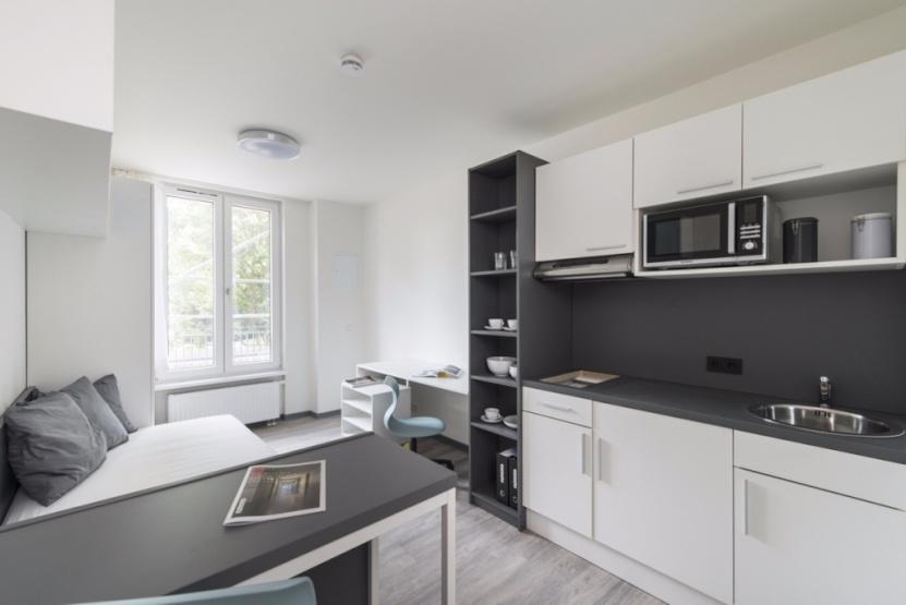 modernes apartment zur zwischenmiete 1 zimmer wohnung in. Black Bedroom Furniture Sets. Home Design Ideas
