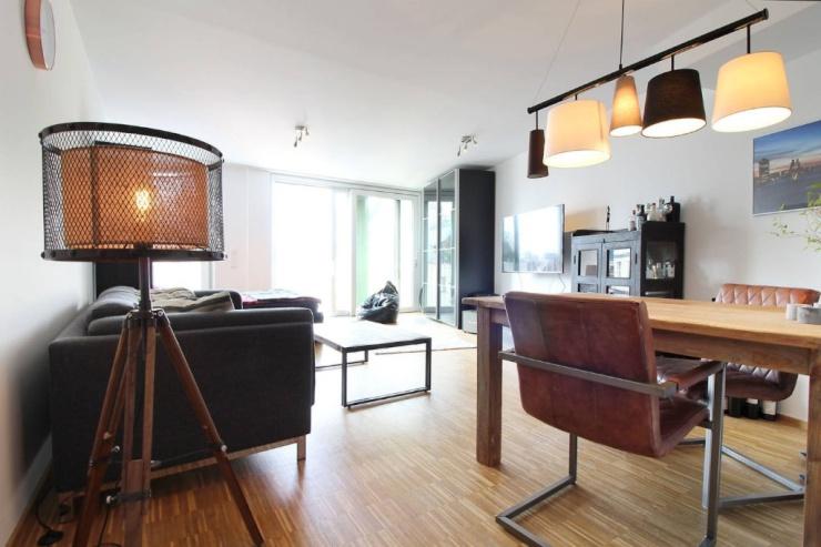 stylisches m bliertes studio apartment im herzen k lns 1 zimmer wohnung in k ln altstadt nord. Black Bedroom Furniture Sets. Home Design Ideas