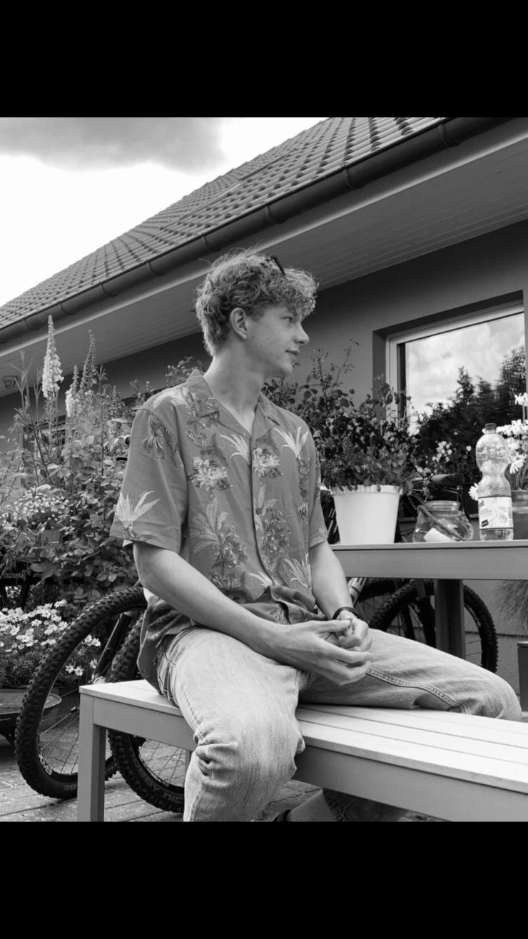 Lukas sucht WG in Köln - WG-Zimmer in Köln gesucht - WG-Gesucht.de